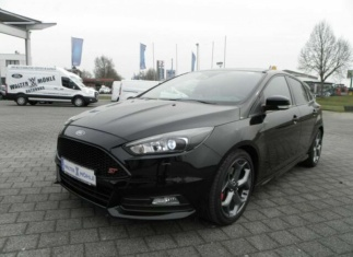 Ford Focus 2.0 EcoBoost ST, Technologie-Paket, Winter